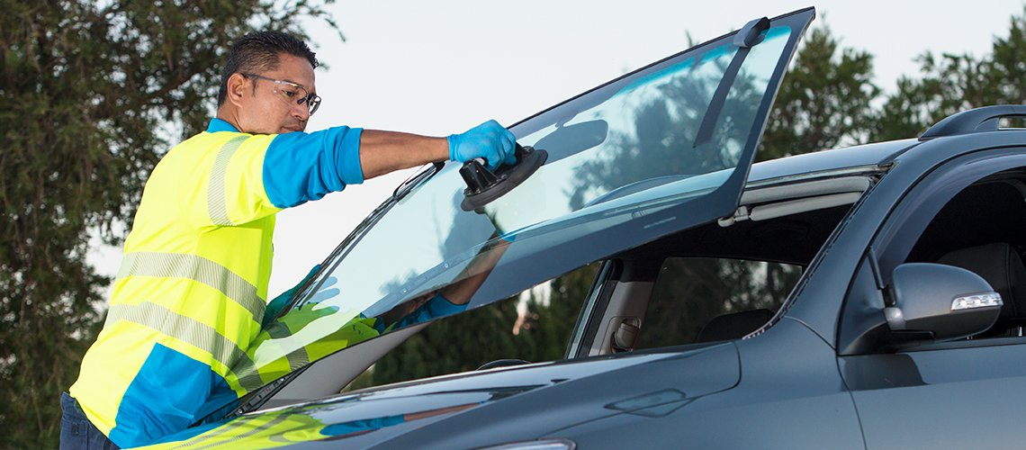 Auto Windshield Replacement Near Me